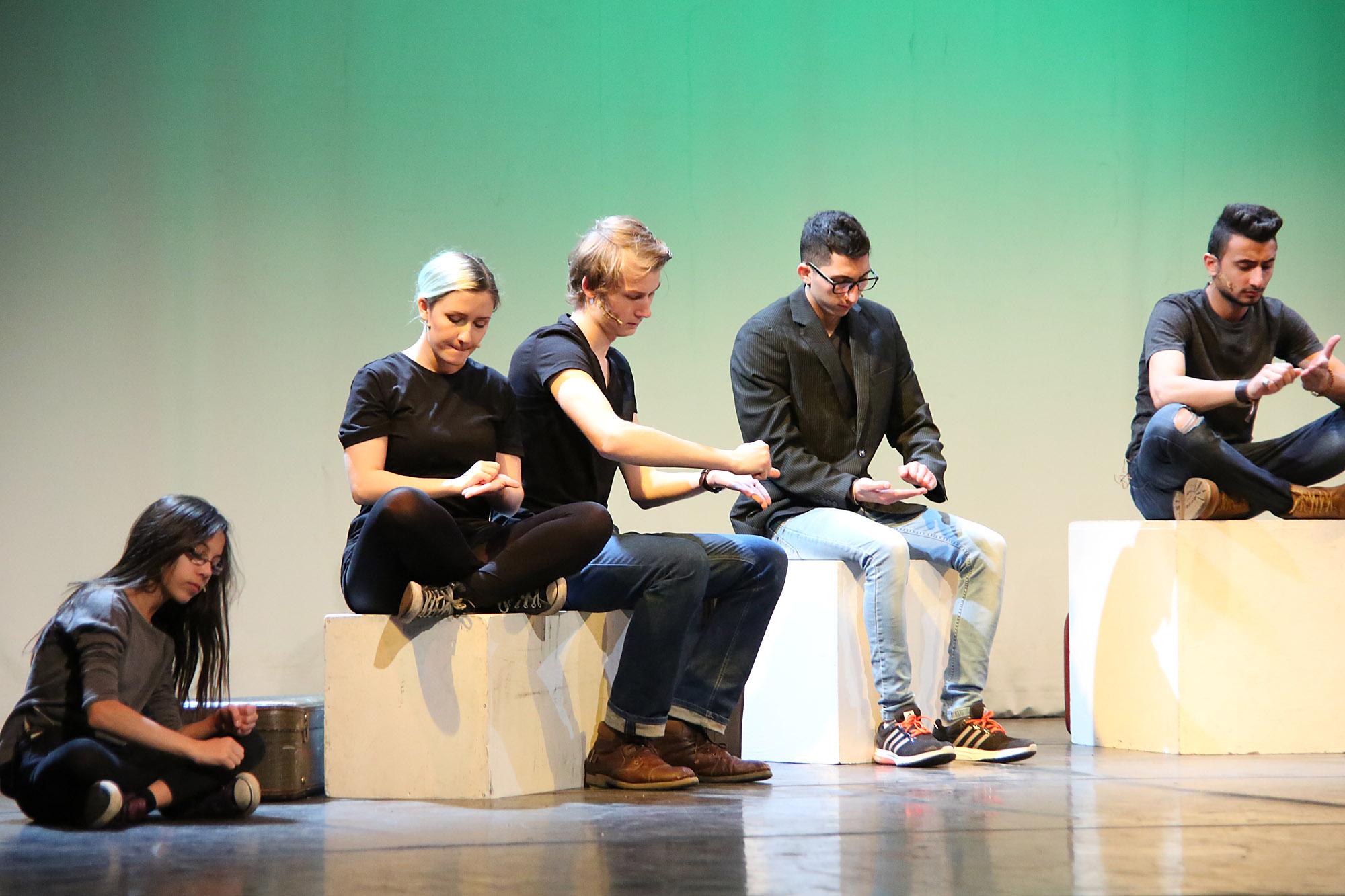 Theater_verbindet_3.jpg